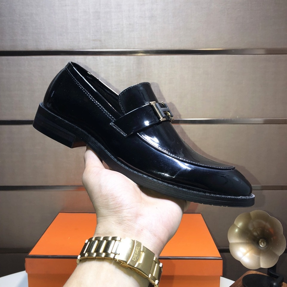 Giày lười Hermes siêu cấp đen bóng họa tiết chữ H