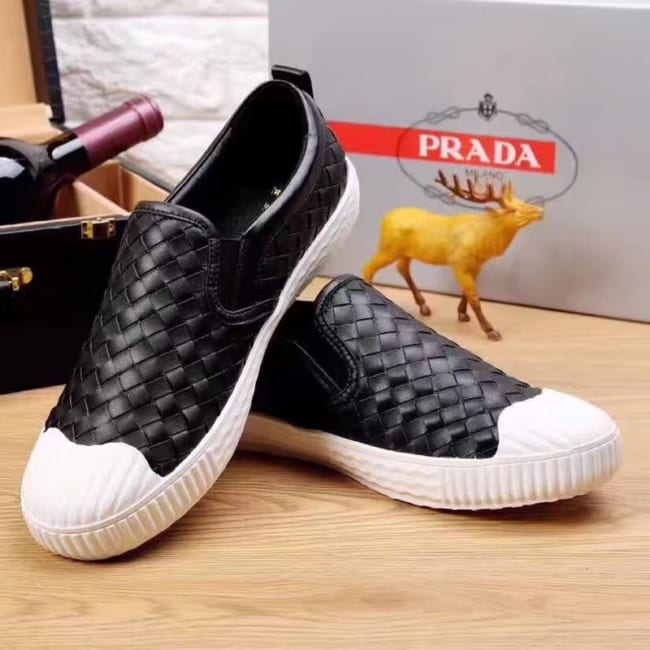Giày lười Prada siêu cấp họa tiết đan màu đen