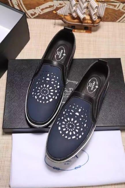 Giày lười Prada siêu cấp thoáng khí màu đen