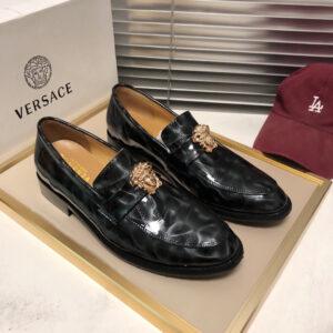 Giày lười Versace siêu cấp họa tiết logo da vân bóng GLV01