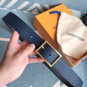 Thắt lưng Louis Vuitton siêu cấp mặt khoá kim chữ nhật viền khắc logo vàng TLLV23