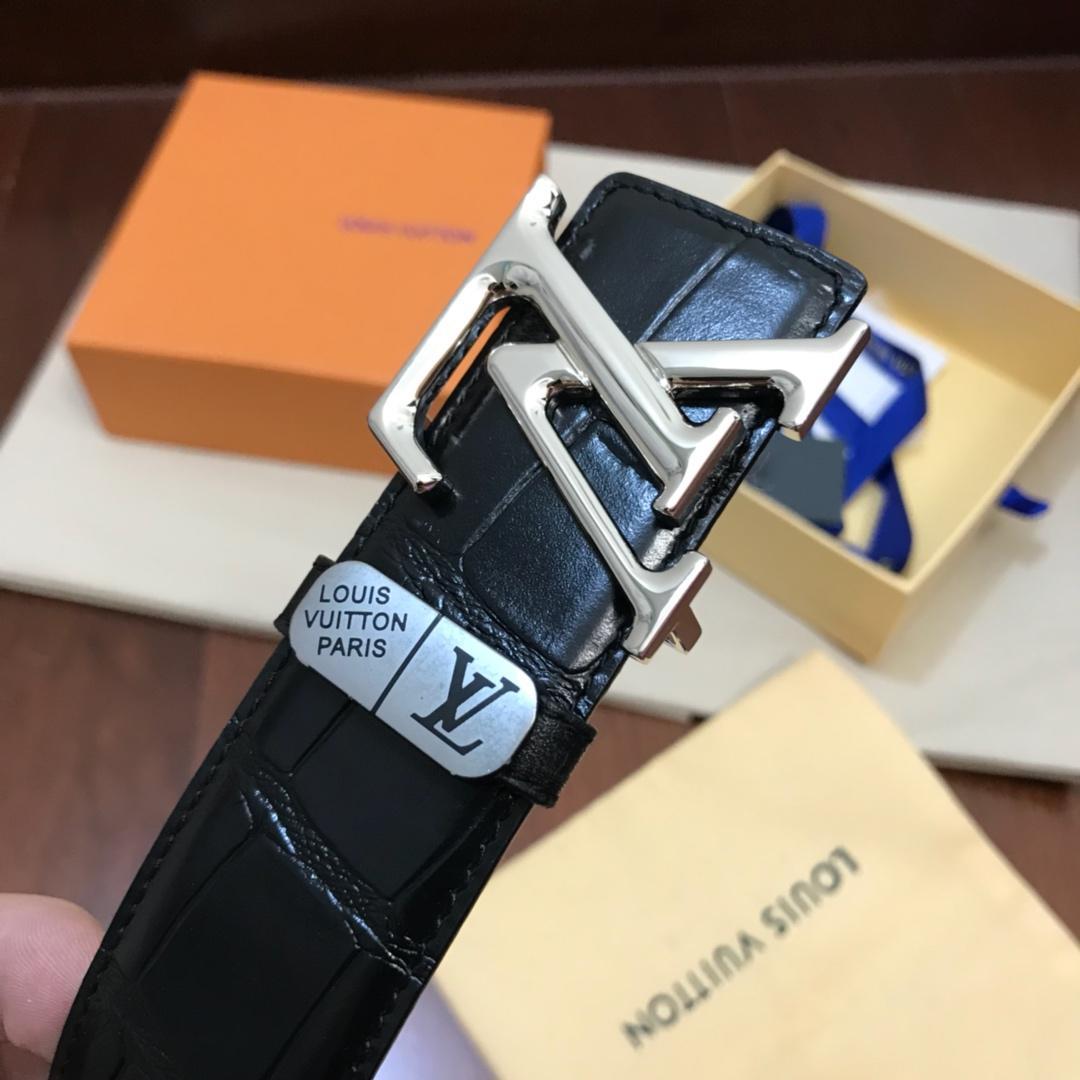 Thắt lưng nam Louis Vuitton siêu cấp vân cá sấu màu đen