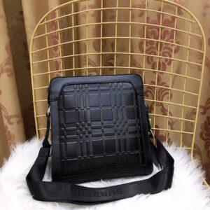 Túi đeo chéo Burberry siêu cấp hoạ tiết kẻ ô dập TDCB04