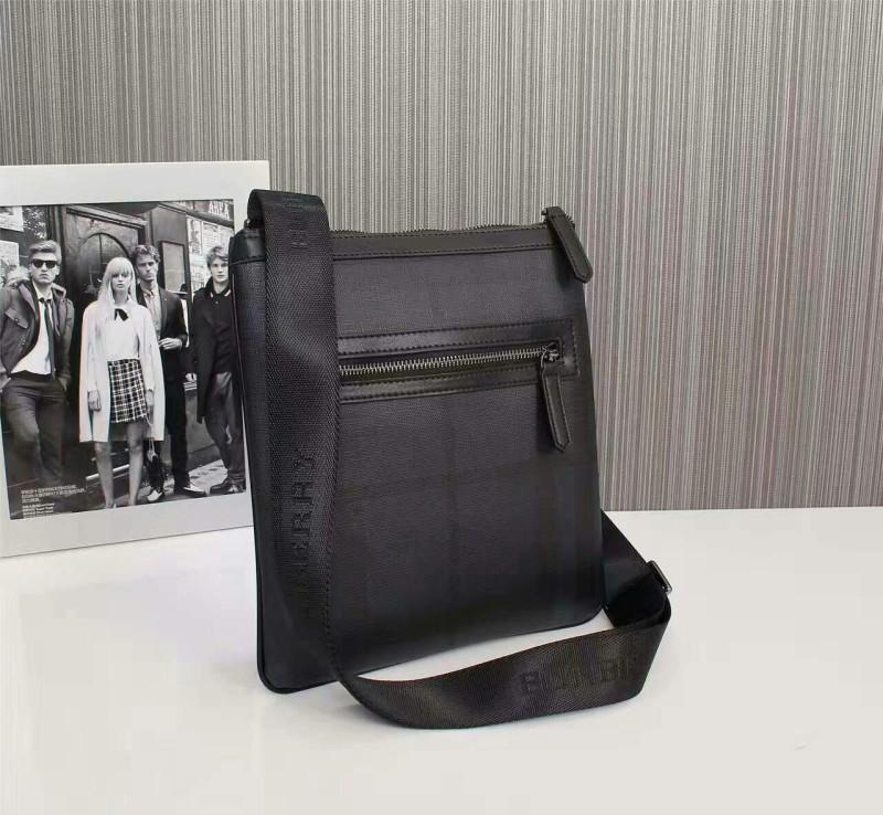 Túi đeo chéo Burberry siêu cấp kẻ sọc xanh đen