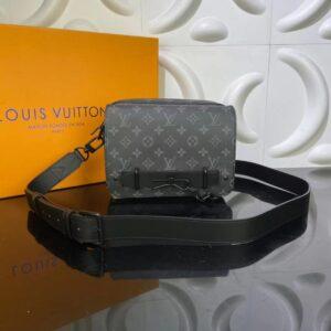 Túi đeo chéo Louis Vuitton like au hoạ tiết hoa đen có quai TDCLV22