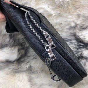 Túi đeo chéo nam Prada siêu cấp họa tiết cá sấu