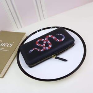 Ví dài nam Gucci siêu cấp đen họa tiết rắn