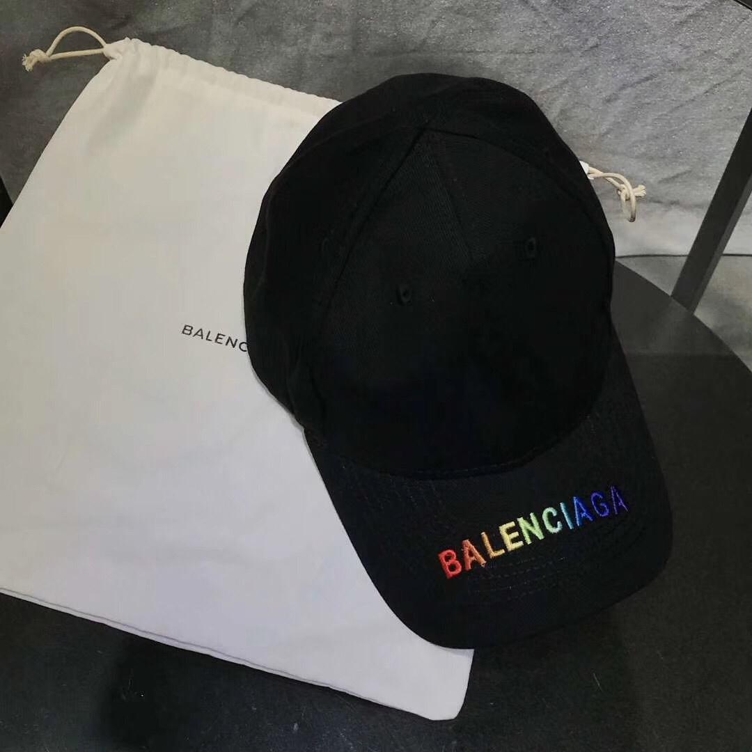 Nón nam Balenciaga siêu cấp đen họa tiết logo