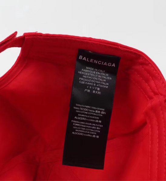 Nón nam Balenciaga siêu cấp đỏ họa tiết BB
