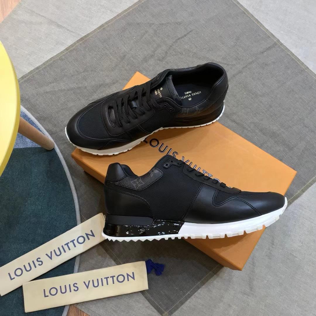 Giày nam Louis Vuitton họa tiết viền cổ hoa đen GNLV11