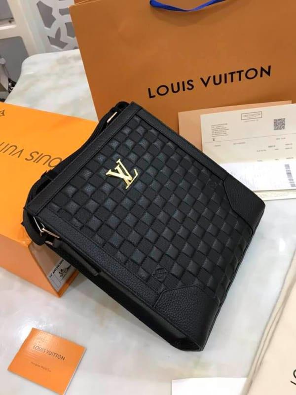 Túi đeo chéo Louis Vuitton siêu cấp da sần họa tiết caro