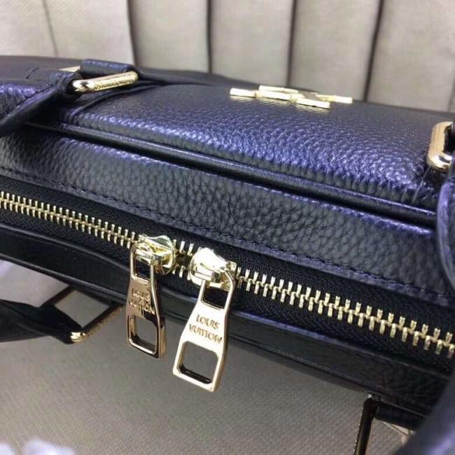 Túi xách nam Louis Vuitton siêu cấp đen da trơn