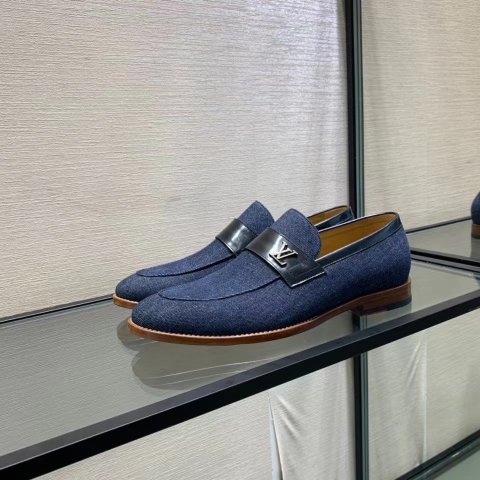 Giày lười Louis Vuitton like au đế cao khoá logo lệch màu xanh GLLV43