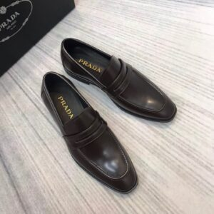 Giày lười Prada siêu cấp đế cao tag ẩn màu nâu GLP40