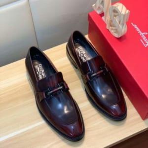 Giày lười Salvatore Ferragamo siêu cấp màu nâu đen da bóng