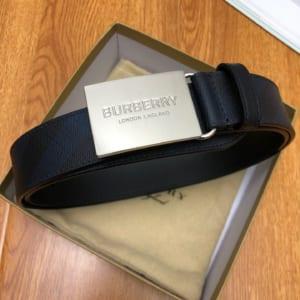 Thắt lưng nam Burberry siêu cấp dây kẻ đen mặt vuông hoa tiết logo