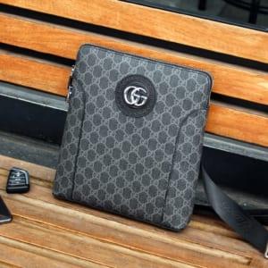 Túi đeo chéo Gucci siêu cấp họa tiết logo xanh khóa số
