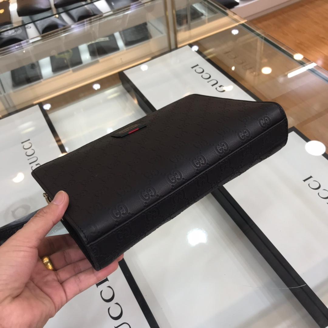 Ví nam Gucci siêu cấp cầm tay khóa số họa tiết logo đen