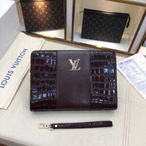 Ví nam Louis Vuitton siêu cấp cầm tay họa tiết da vân cá sấu màu nâu VNLV22