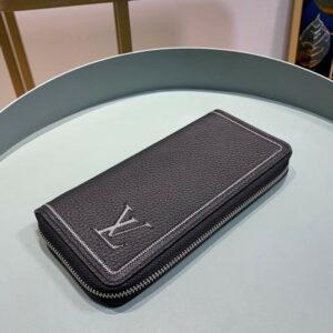 Ví nam Louis Vuitton like au khoá kéo da nhăn viền chỉ trắng VNLV29