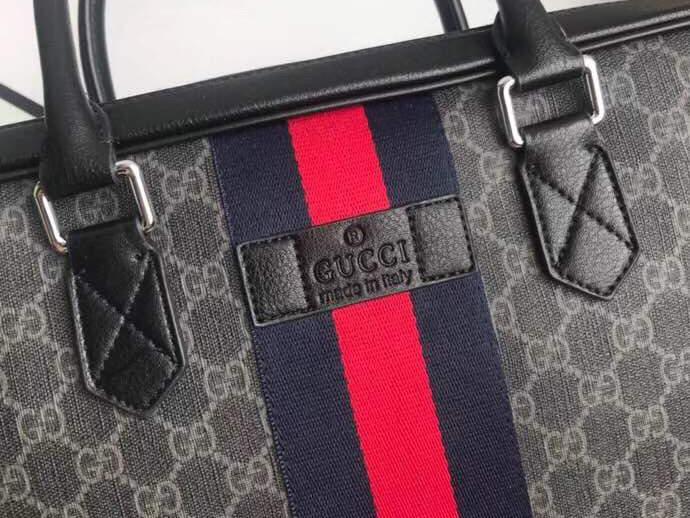 Top 5 mẫu cặp nam Gucci dành cho dân văn phòng bạn cần biết