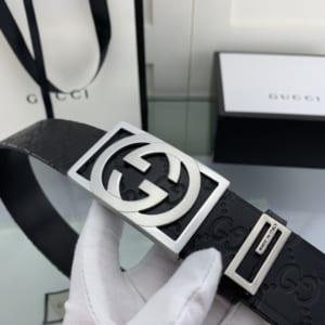 Thắt lưng nam Gucci họa tiết logo mặt khóa vuông màu trắng TLGC69