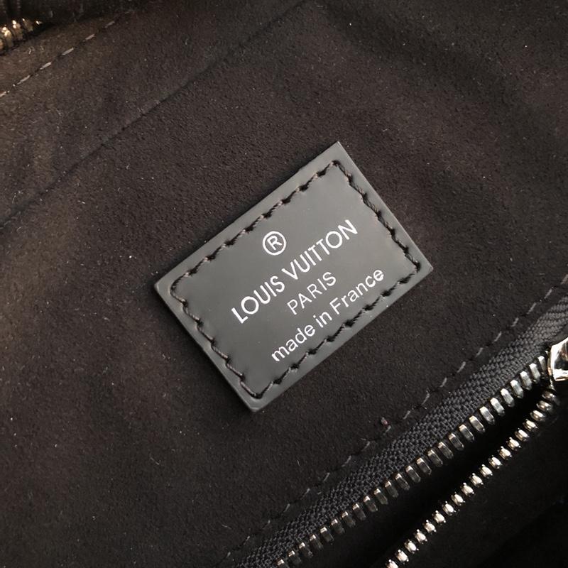 Túi xách nam Louis Vuitton siêu cấp da epi màu đen TXLV11