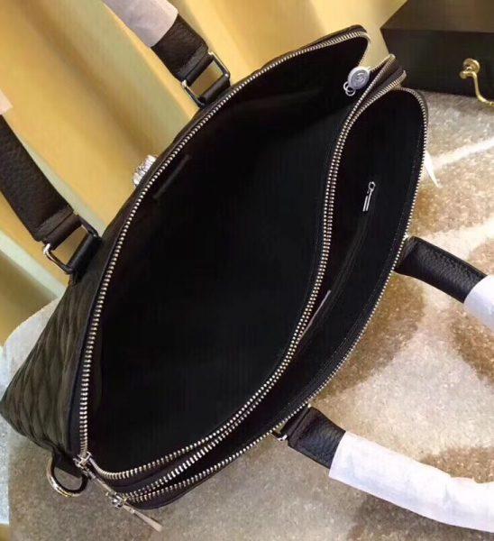 Túi xách nam Versace siêu cấp họa tiết da dập nổi màu đen TXVS03