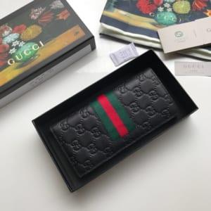 Ví nam Gucci siêu cấp gấp họa tiết dập logo viền kẻ đỏ VNG95