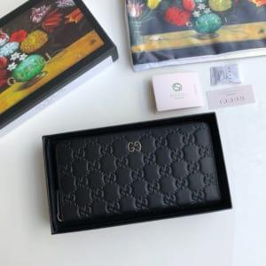 Ví nam Gucci siêu cấp khóa kéo họa tiết dập logo màu đen VNG91