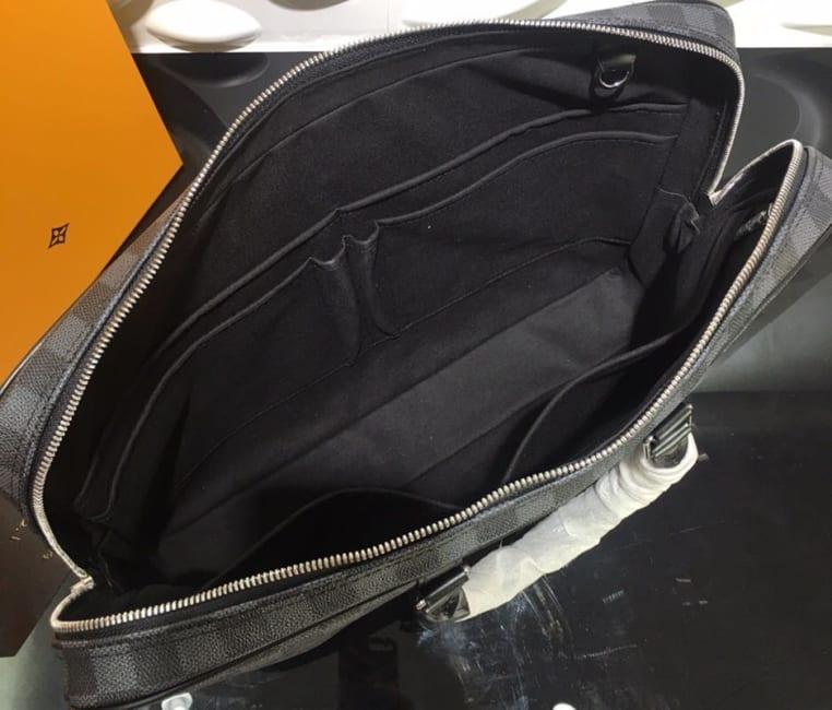 Túi xách nam Louis Vuitton họa tiết caro viền kẻ đen TXLV20