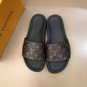 Dép Louis Vuitton siêu cấp nam đế đen quai nâu họa tiết hoa vàng DLV03