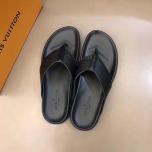 Dép Louis Vuitton siêu cáp nam màu đen kẹp ngón DLV13
