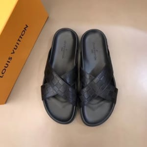 Dép Louis Vuitton siêu cấp nam màu đen quai chéo DLV08
