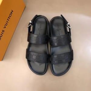 Dép Louis Vuitton siêu cấp nam màu đen quai hậu DLV10
