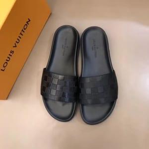 Dép Louis Vuitton siêu cấp nam màu đen quai ngang DLV12