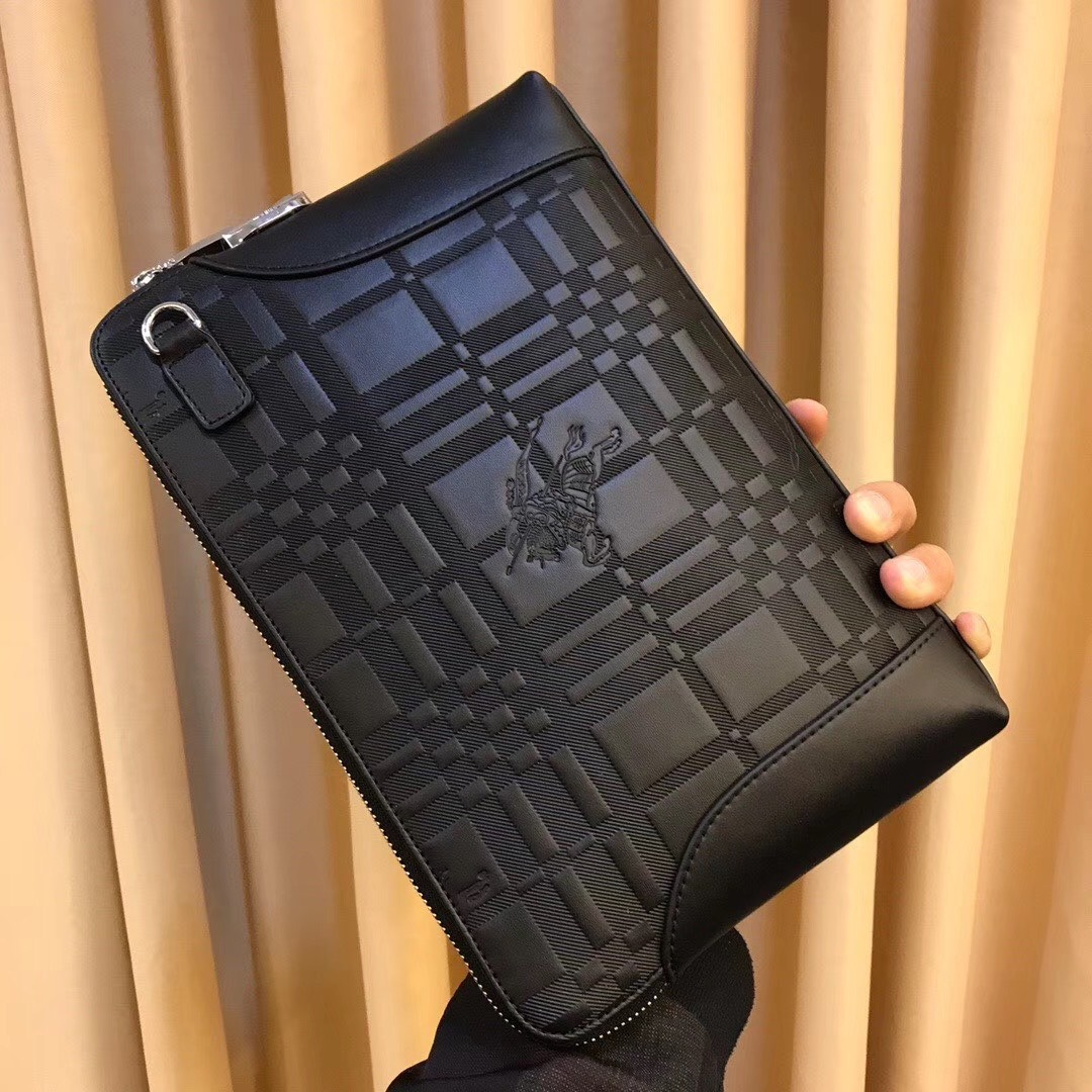 Ví nam Burberry siêu cấp cầm tay họa tiết logo màu đen VNB24