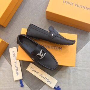 Giày lười Louis Vuitton like au Monte Carlo đen đinh GLLV12