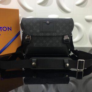 Túi đeo chéo Louis Vuitton siêu cấp họa tiết hoa đen TDCLV14