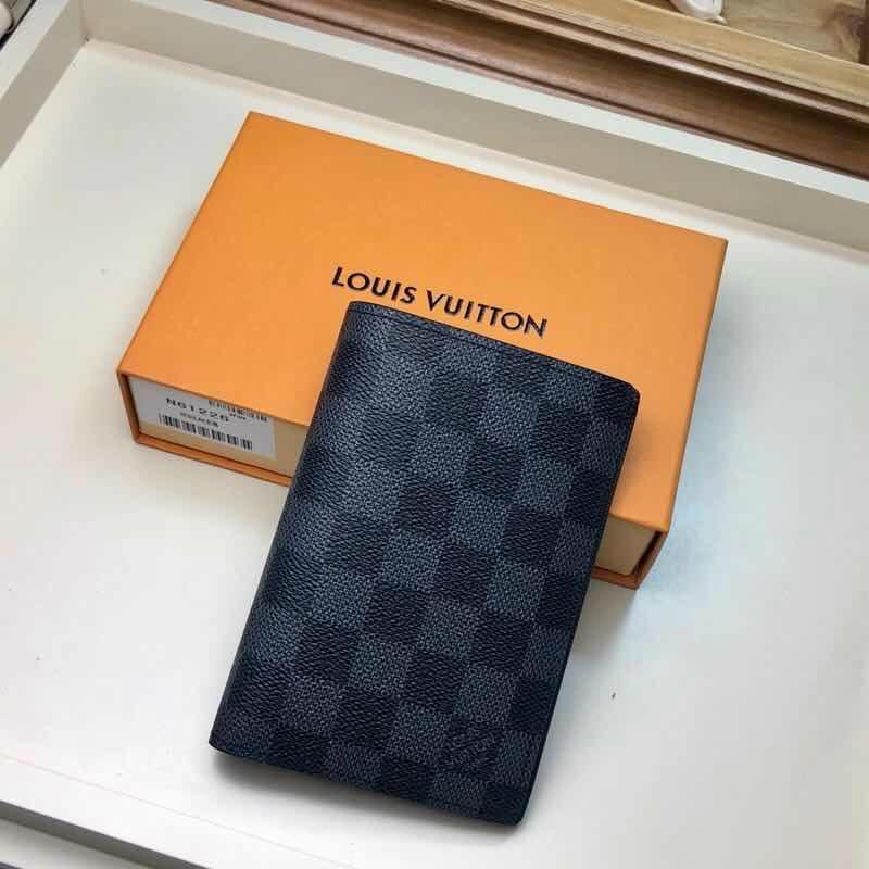Ví đứng Louis Vuitton siêu cấp họa tiết caro đen VDLV01