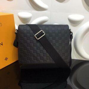 Túi đeo chéo Louis Vuitton like au hoạ tiết caro dập chìm TDCLV18