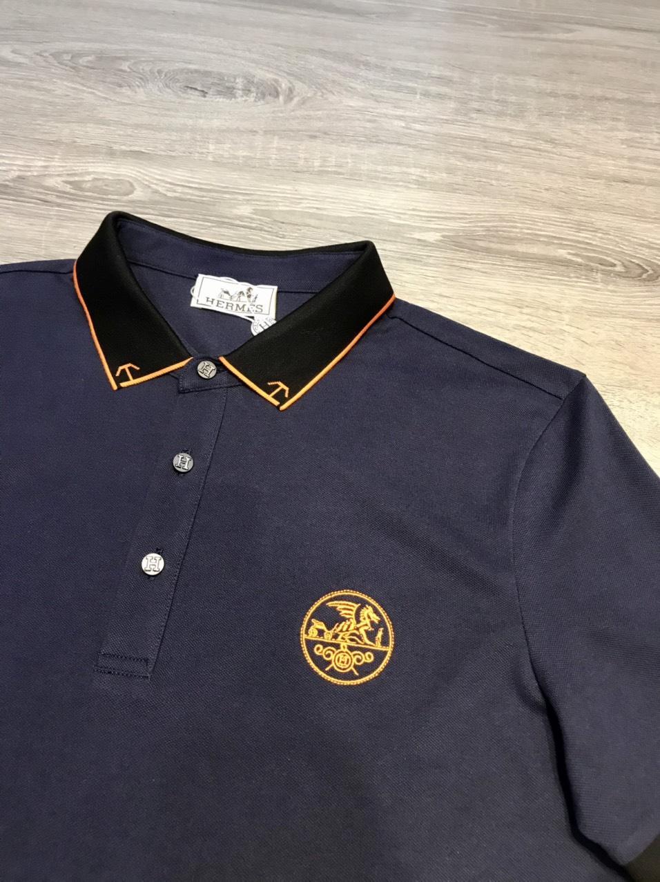 Áo phông Hermes siêu cấp màu xanh than hoạ tiết viền cam APH04