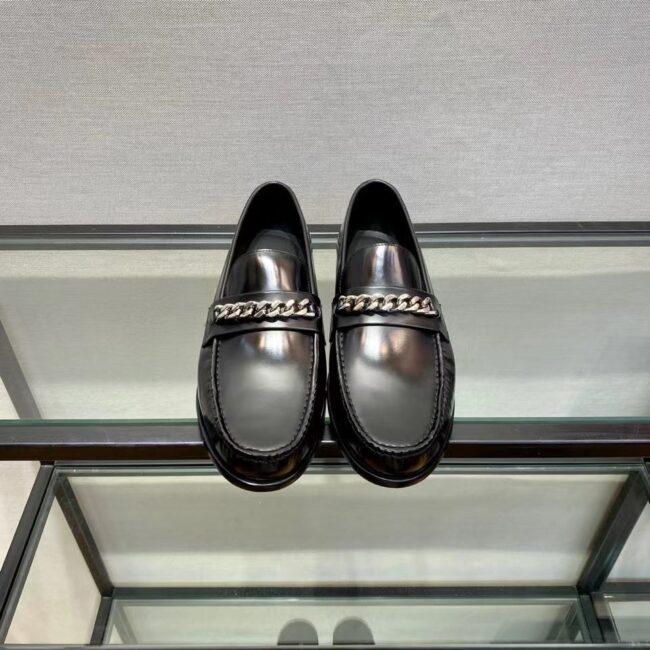 Giày lười Louis Vuitton like au đế cao da trơn khóa tag xích GLLV70