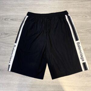 Quần short Balenciaga siêu cấp full đen chữ trắng QSB2132