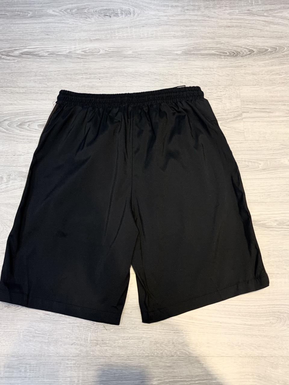 Quần short Gucci siêu cấp đen viền nâu 2 bên QSG2118
