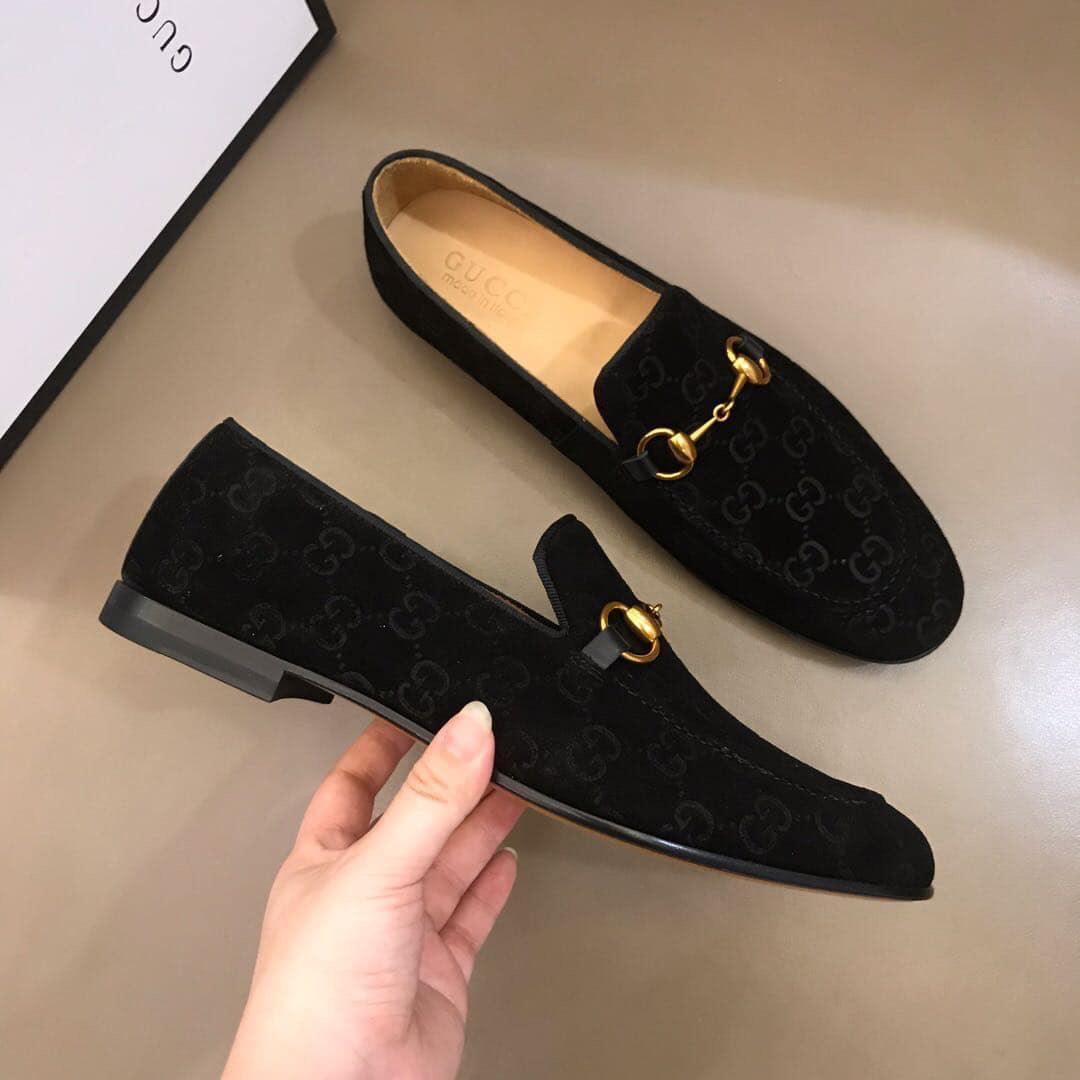 Giày Gucci - một trong thương hiệu giày nổi tiếng thế giới