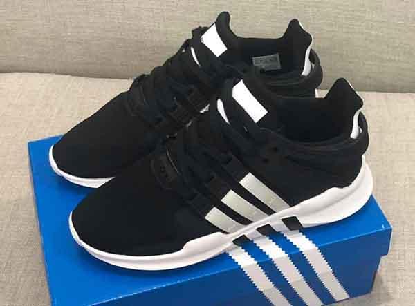 Giày Adidas - hãng hiệu giày nổi tiếng trên toàn thế giới