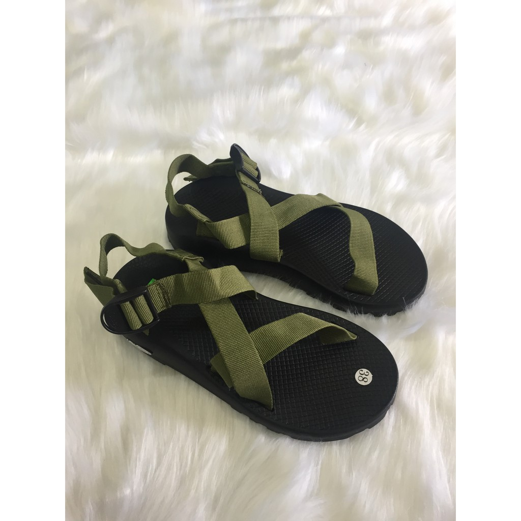 Dép sandal nam Chaco là sandal nam đẹp được nhiều người lựa chọn