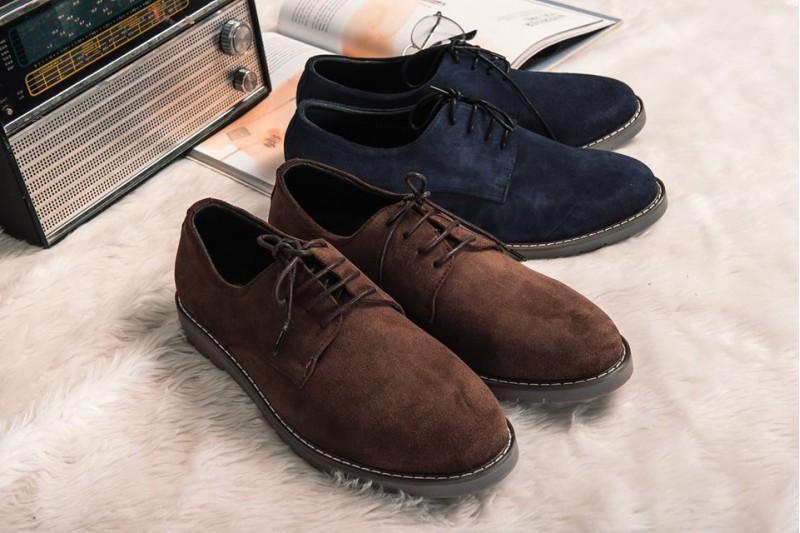 Giày da lộn được phái nam yêu thích bởi vẻ đẹp của nó