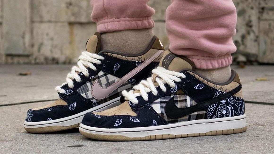 Các loại giày được ưa chuộng - Nike SB Dunk Travis Scott